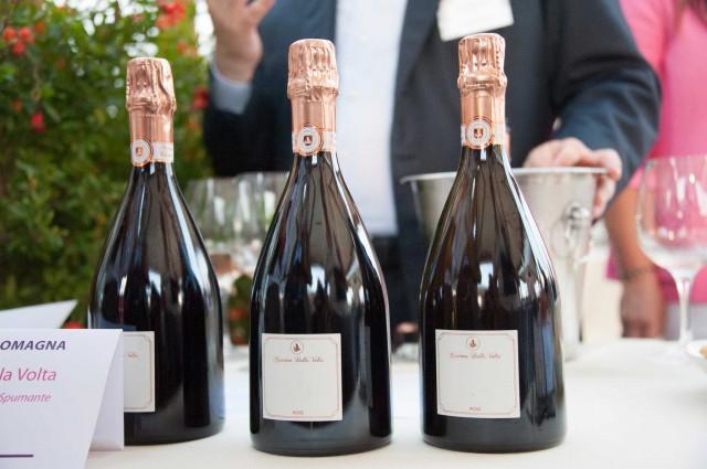 bottiglie-lambrusco-rosato-Cantina-della-Volta