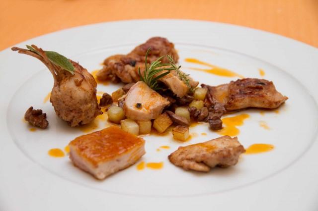 Come si mangia al ristorante il palmento con cristoforo - Si mette in tavola si taglia ma non si mangia ...
