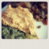 La ricetta facile per preparare l'hummus via tahina dai semi di sesamo