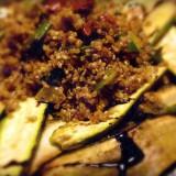 Quinoa, la ricetta per stare leggeri sotto l'ombrellone con melanzane e zucchine