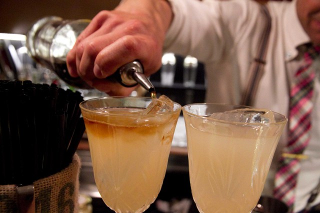 cocktail Golden Mai ricetta 02
