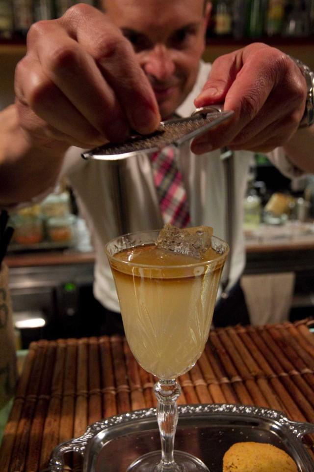 cocktail Golden Mai ricetta 03