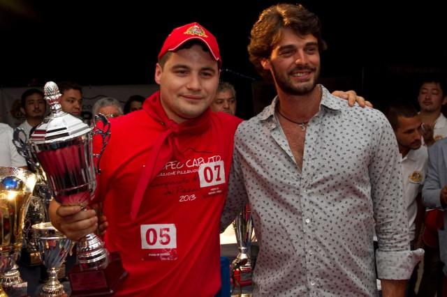 Roberto-Luongo-pizza-in-teglia-Campionato-Mondiale