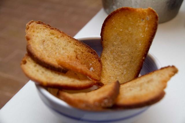 pane aglio Osteria Torre di Mare Paestum