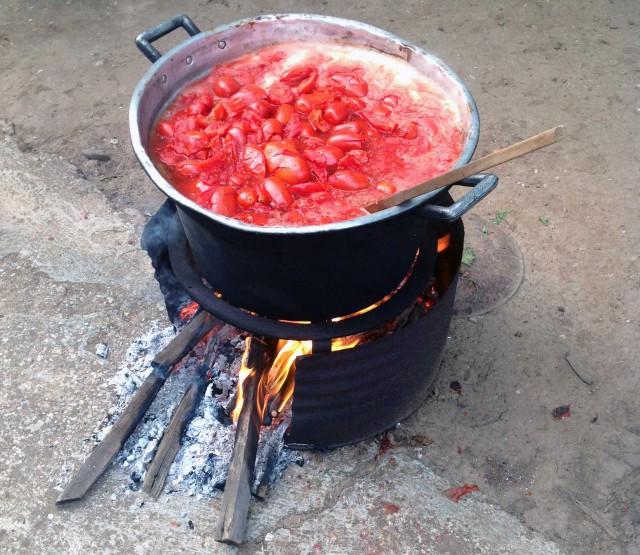 pomodori messi a cuocere
