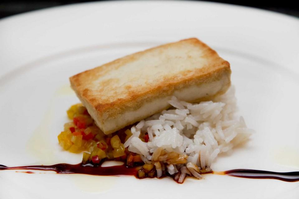 bistecca di tofu e riso