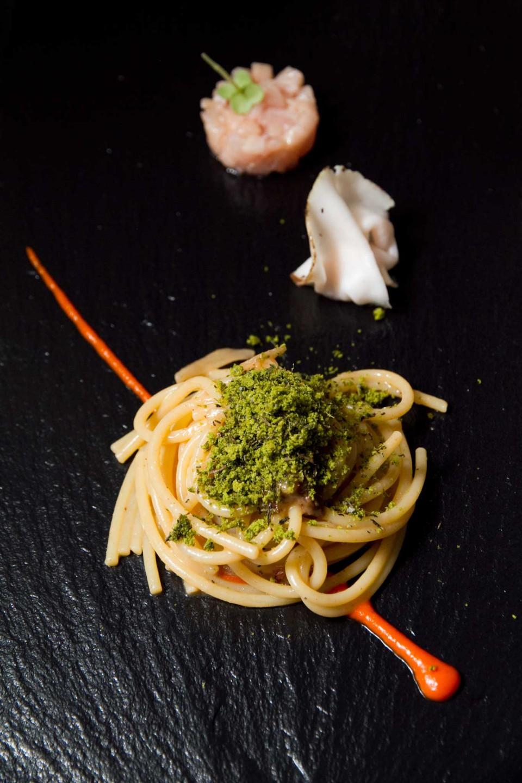 spaghettone con pesce spada