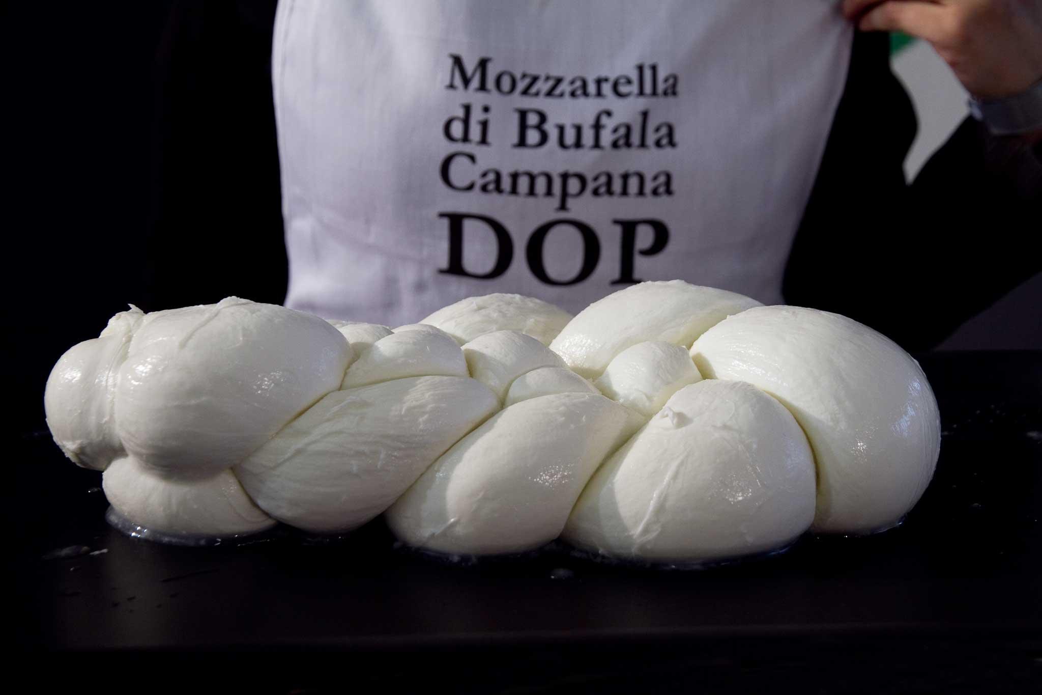 Mozzarella dop