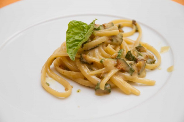 Linguine alle zucchine, spaghetti alla Nerano