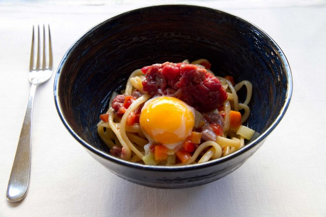 spaghetto tartare uovo Luigi Nastri