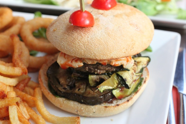 Kiri Burger Razowski Paris