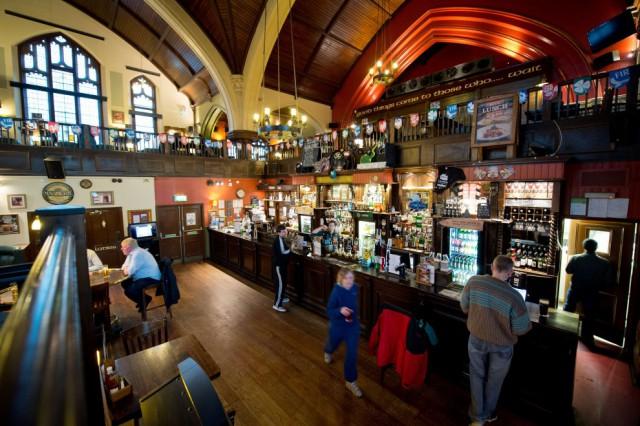 chiesa pub