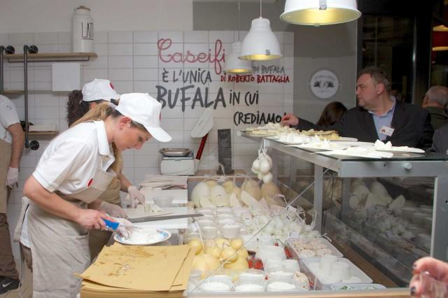 mozzarella di bufala a Eccellenze Campane