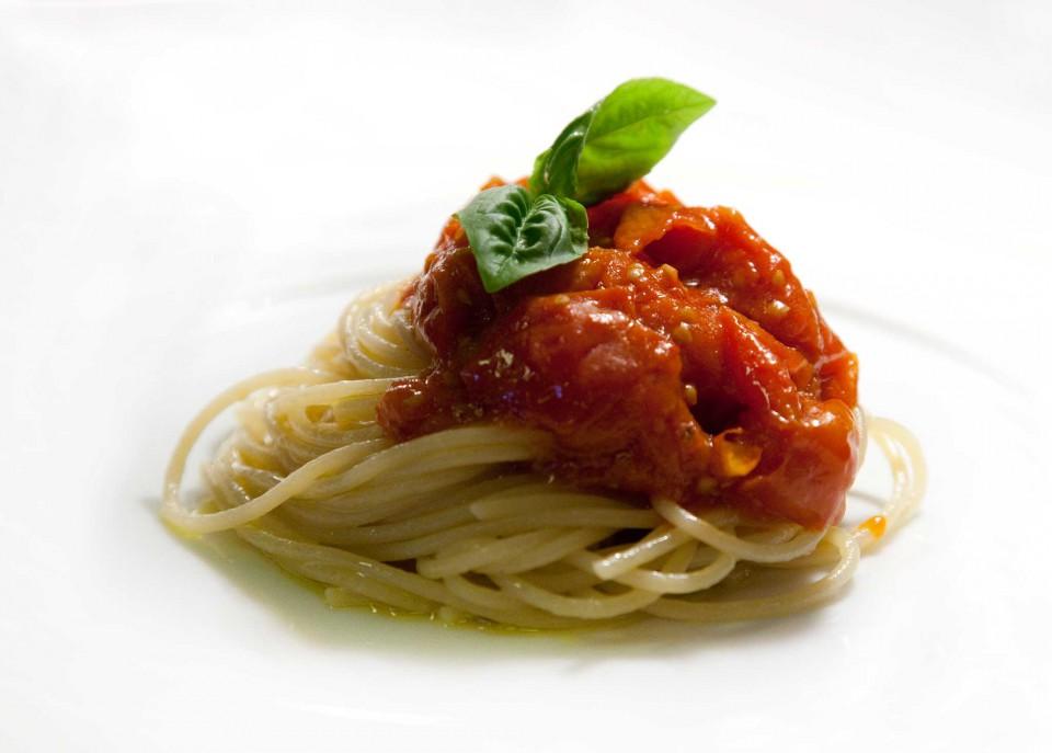 spaghetti al pomodoro Don Alfonso