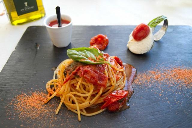 spaghetti pomodoro Pietro Parisi