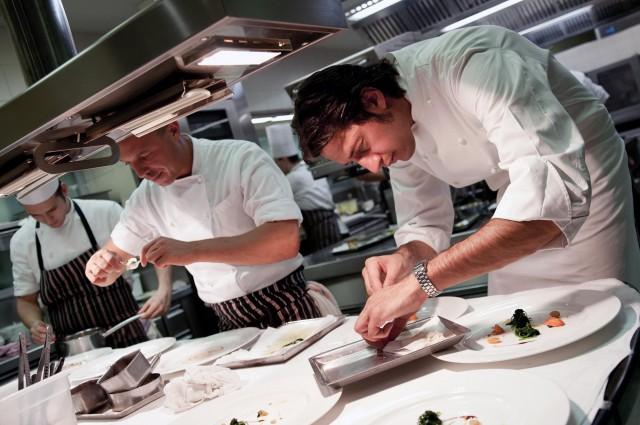 Milano cracco e un giovane da trussardi taglienti a for Luigi taglienti chef