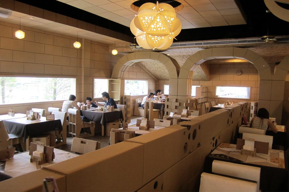 ristorante_cartone