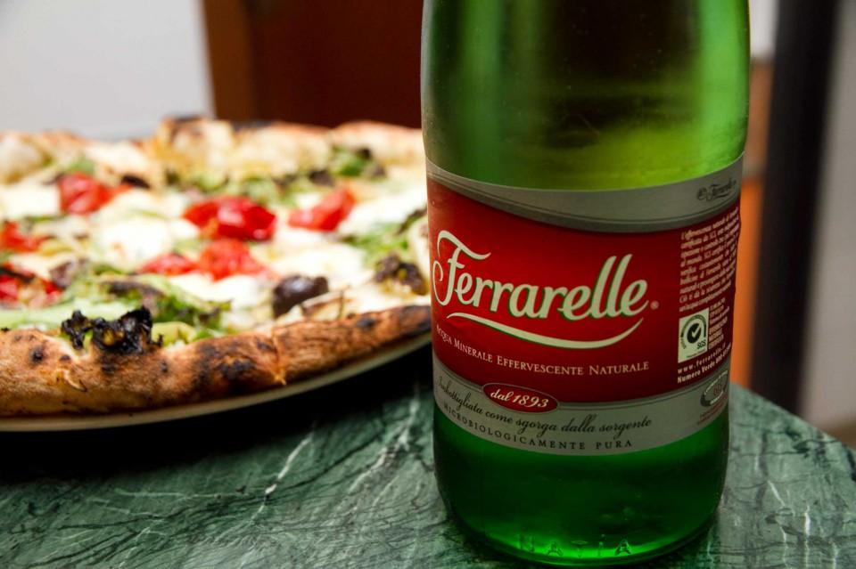 Ferrarelle pizza