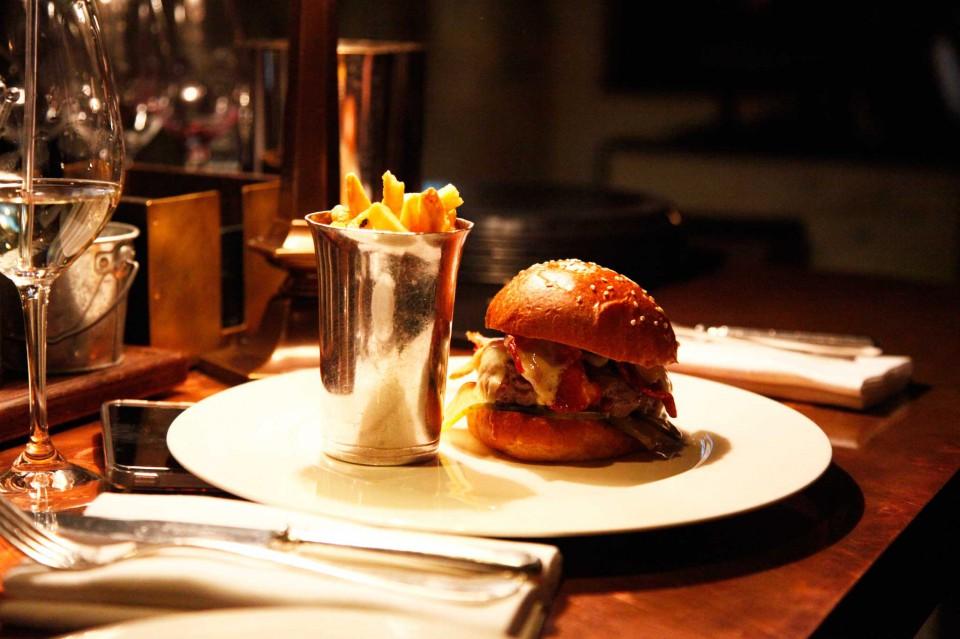 hamburger little social