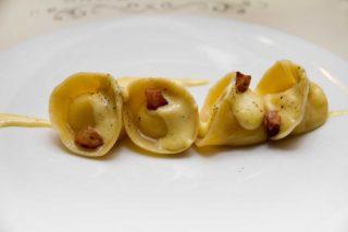 Carbonara. La ricetta perfetta dei tortelli di Fabio Pecelli