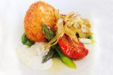 La ricetta perfetta dello chef: uova in crosta di pecorino e asparagi