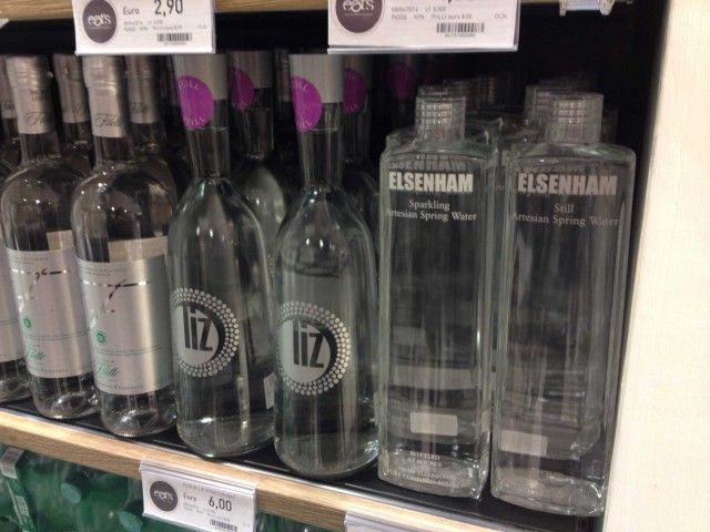 acqua minerale costosa
