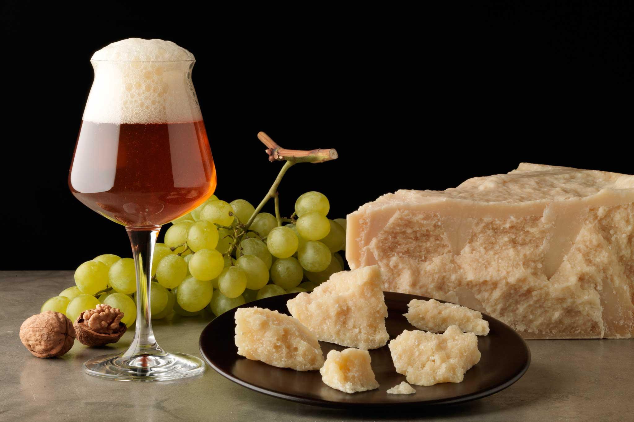 Tre birre artigianali da bere con agnello formaggio e for Abbinamento a tre