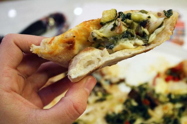 pizza zucchine peperoni