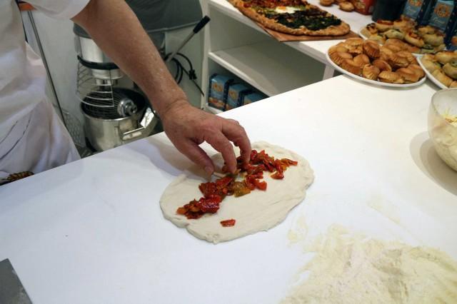 ricetta pizza farcitura