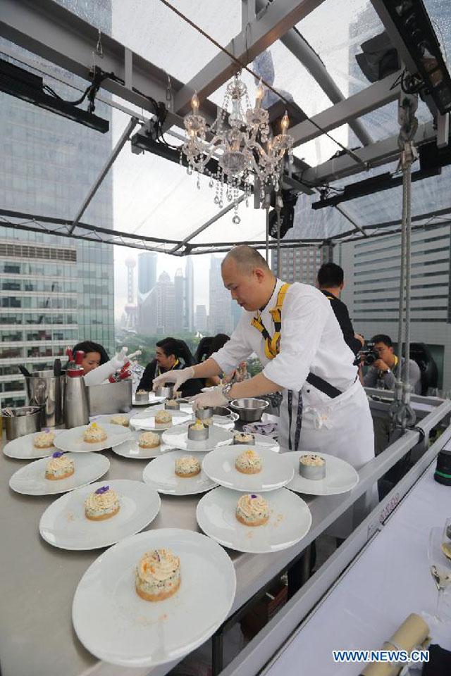 Dinner in the Sky Cina