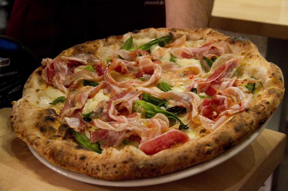 pizza fiorilli pancetta