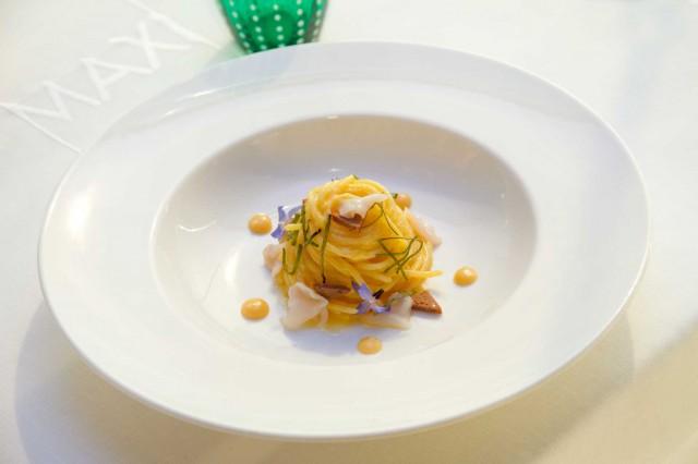 spaghetti al limone e bottarga