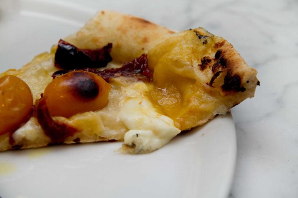 pizza pomodori gialli
