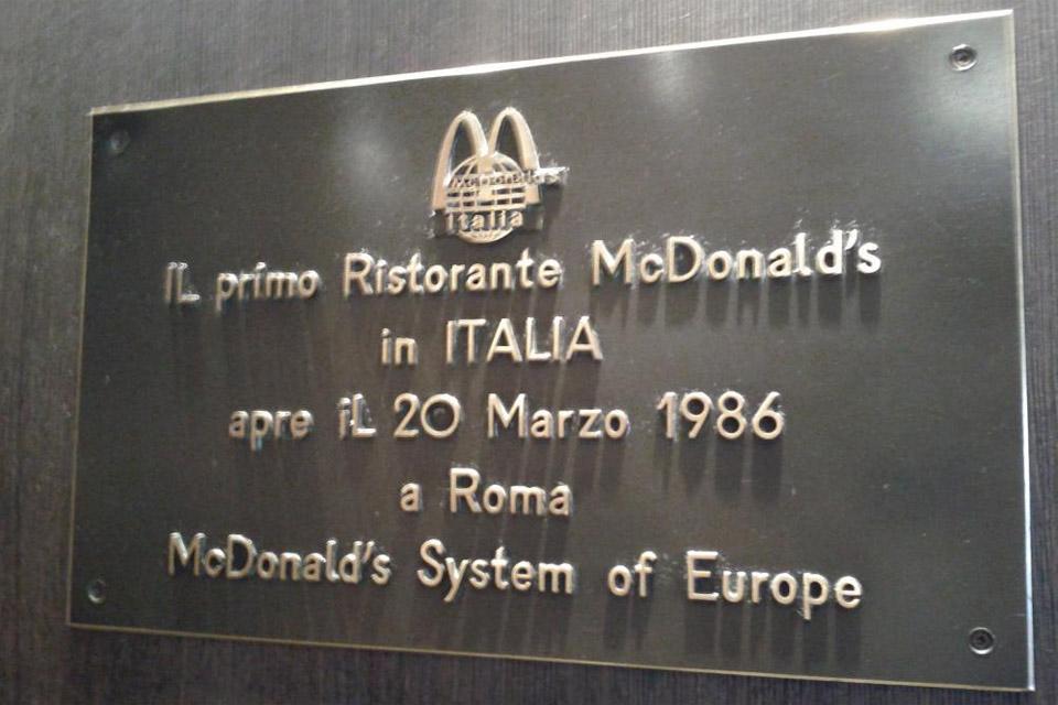 mcdonald targa apertura roma