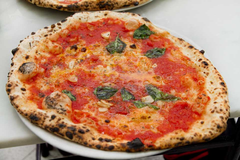 pizza marinara da Michele