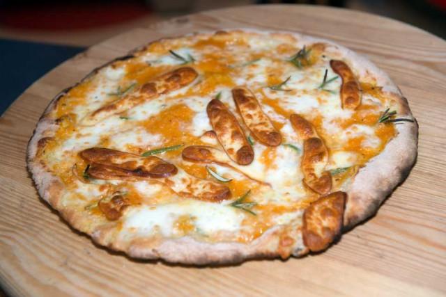 pizza zucca e provola affumicata