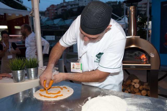 preparazione pizza impasto farina 2