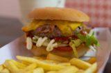 Milano. Hamburger su misura e a buon prezzo da Macinata