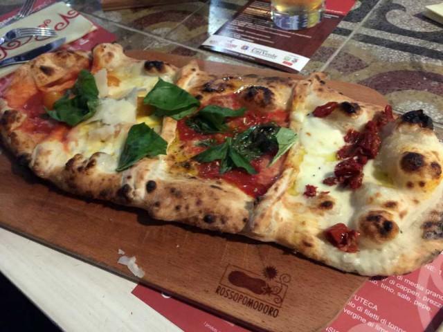 pizza-UNESCO-Rossopomodoro