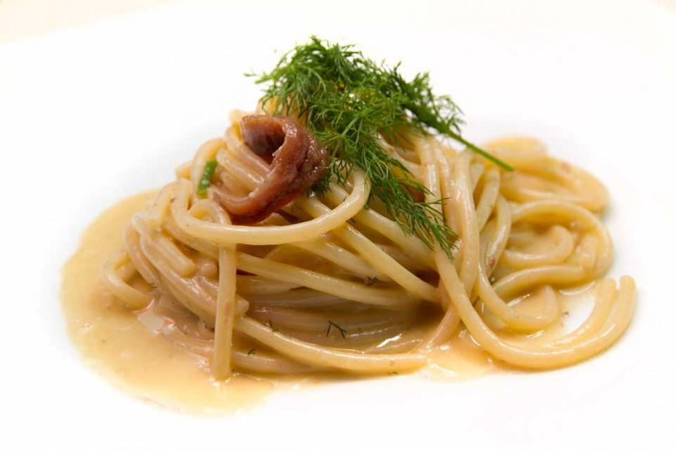 spaghettoni burro alici