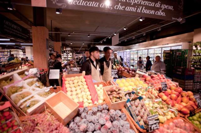 Carrefour food market Milano