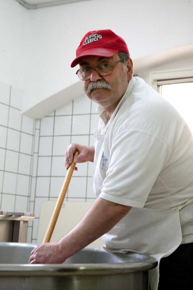 Fernando De Gennaro al lavoro
