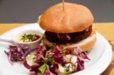 Falafel nella ricetta perfetta di un hamburger vegano