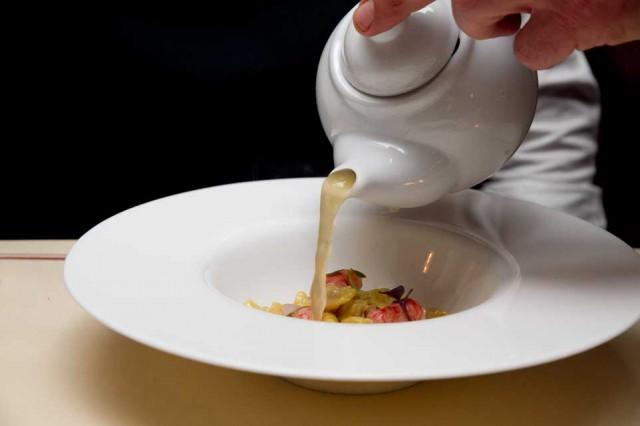 brodo parmigiano plin
