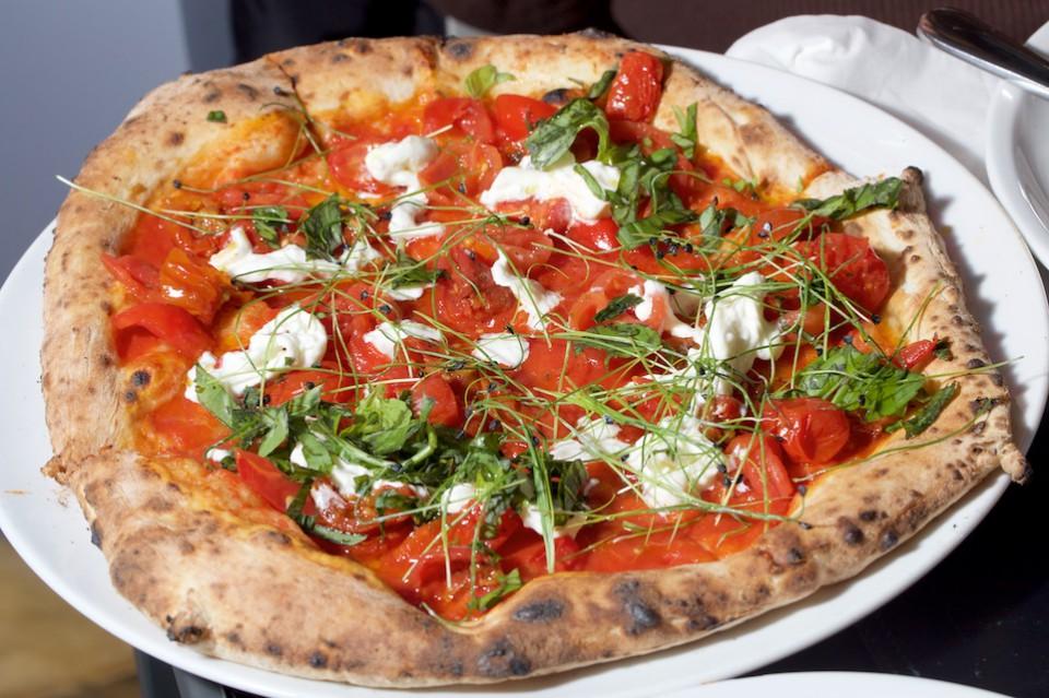 pizza arrabbiata Nino Di Costanzo
