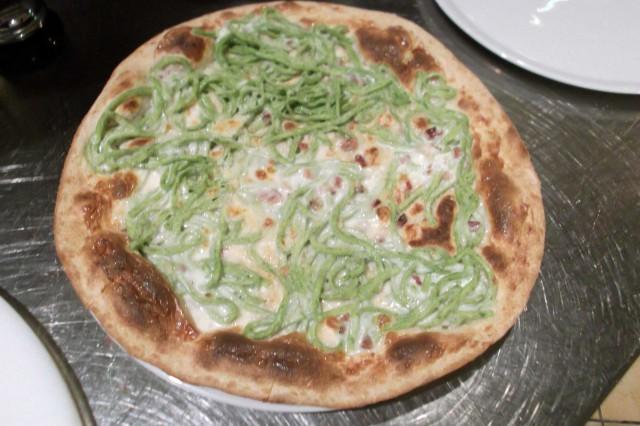 pizza tagliolini verdi