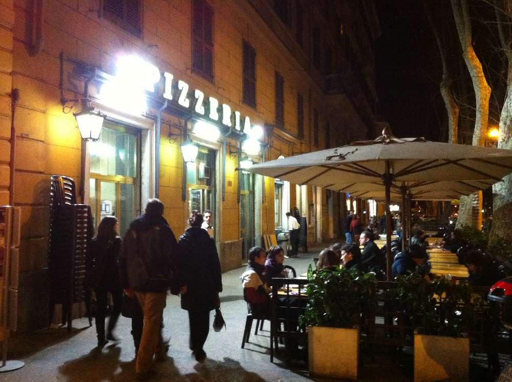 Roma. Pizzeria Ai Marmi sotto accusa ma non per la pizza