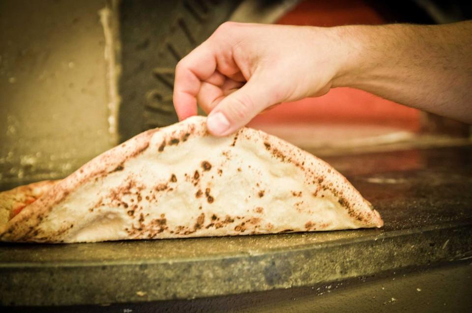 cottura pizza forno legna