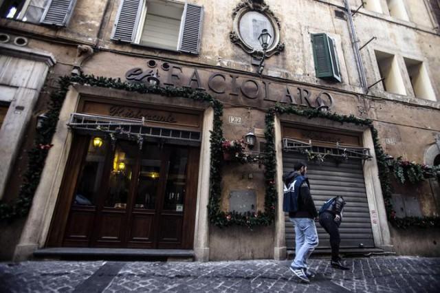 Mafia: ristoranti sequestrati; beni per 10 mln di euro