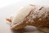 Cannolo siciliano. Dalla Top 30 alla ricetta di Corrado Parisi che sbarca al Mosaico di Ischia